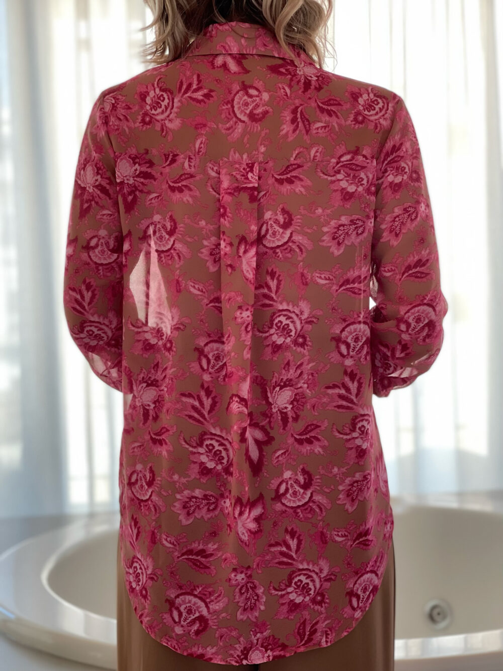 πουκαμισο ημιδιαφανο στο χρωμα του δερματος φλοραλ ροζ με μακρυ μανικι με μανσετα κι γιακα